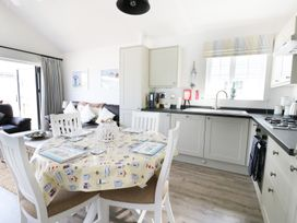 The Lobster Pot Beach House - Whitby & North Yorkshire - 963194 - thumbnail photo 7