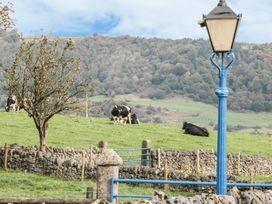 Lathkill Barn - Peak District - 965352 - thumbnail photo 8