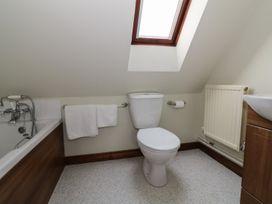 The Lodge off High Street - Suffolk & Essex - 965750 - thumbnail photo 9