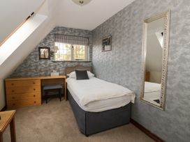The Lodge off High Street - Suffolk & Essex - 965750 - thumbnail photo 12