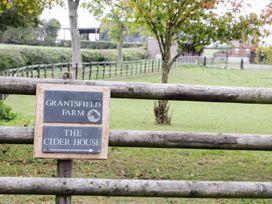 The Farmhouse - Herefordshire - 966286 - thumbnail photo 2