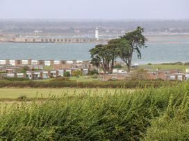 Hurst View - Isle of Wight & Hampshire - 966497 - thumbnail photo 34