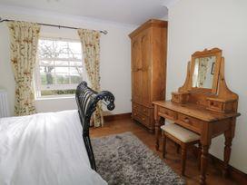 Acorn Cottage - Whitby & North Yorkshire - 966779 - thumbnail photo 13