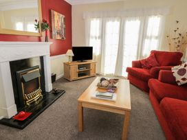 Cherry Tree Cottage - Whitby & North Yorkshire - 967115 - thumbnail photo 2