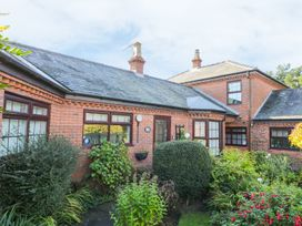 Cherry Tree Cottage - Whitby & North Yorkshire - 967115 - thumbnail photo 1