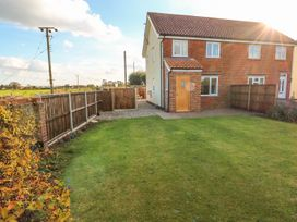27 Whitegates - Norfolk - 971053 - thumbnail photo 1