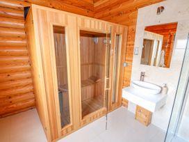 Cedar Lodge - Lincolnshire - 972997 - thumbnail photo 23