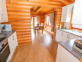 Cedar Lodge - Lincolnshire - 972997 - thumbnail photo 10
