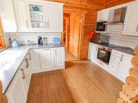 Cedar Lodge - Lincolnshire - 972997 - thumbnail photo 13