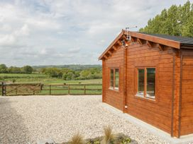 Sunnyside Lodge - Somerset & Wiltshire - 976874 - thumbnail photo 23