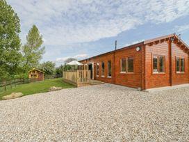 Sunnyside Lodge - Somerset & Wiltshire - 976874 - thumbnail photo 3