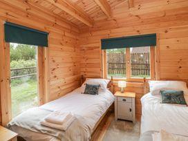 Sunnyside Lodge - Somerset & Wiltshire - 976874 - thumbnail photo 20