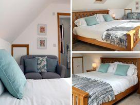 Riverside Lodge - Somerset & Wiltshire - 976920 - thumbnail photo 16