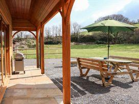 Riverside Lodge - Somerset & Wiltshire - 976920 - thumbnail photo 5