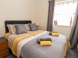 The Promenade Suite - North Wales - 979423 - thumbnail photo 13