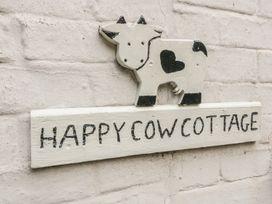 Happy Cow - Cotswolds - 981620 - thumbnail photo 3