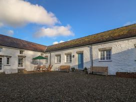 The Old Carriage Court - South Wales - 984473 - thumbnail photo 2
