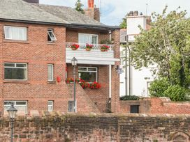 Dee Heights Penthouse - North Wales - 984751 - thumbnail photo 2