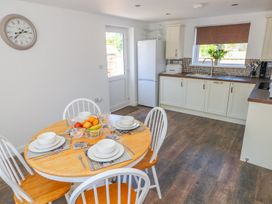 Grove Cottage - South Wales - 985583 - thumbnail photo 4