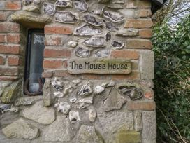 The Mouse House - Dorset - 986342 - thumbnail photo 3