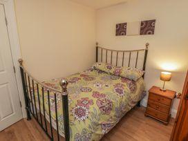 Apartment 6 - Whitby & North Yorkshire - 9865 - thumbnail photo 10