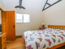 White Hart Stable - Kent & Sussex - 986533 - thumbnail photo 11