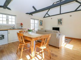 White Hart Stable - Kent & Sussex - 986533 - thumbnail photo 7