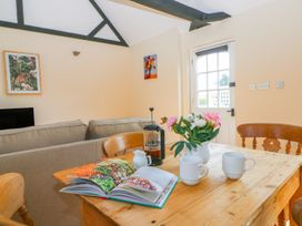 White Hart Stable - Kent & Sussex - 986533 - thumbnail photo 8
