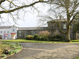 Ballynacree Cottage - Antrim - 986649 - thumbnail photo 2