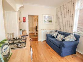 Dandelion Cottage - Isle of Wight & Hampshire - 986658 - thumbnail photo 12