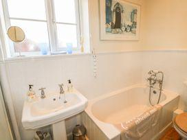 Dandelion Cottage - Isle of Wight & Hampshire - 986658 - thumbnail photo 26