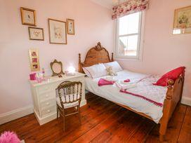 Dandelion Cottage - Isle of Wight & Hampshire - 986658 - thumbnail photo 17
