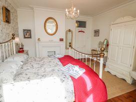 Dandelion Cottage - Isle of Wight & Hampshire - 986658 - thumbnail photo 25