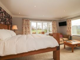 The Lodge - Whitby & North Yorkshire - 987634 - thumbnail photo 13