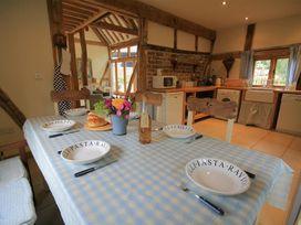 Whites Farm Barn - Herefordshire - 988599 - thumbnail photo 6