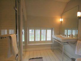Hillside Cottage - Cotswolds - 988756 - thumbnail photo 14