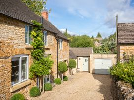 Orchard House - Cotswolds - 988776 - thumbnail photo 42