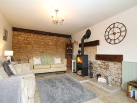 Honeystone Cottage - Cotswolds - 988788 - thumbnail photo 3