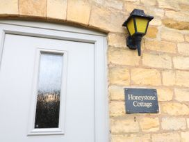 Honeystone Cottage - Cotswolds - 988788 - thumbnail photo 23