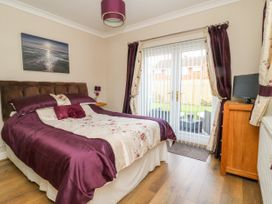 Cosy Corner - Whitby & North Yorkshire - 992507 - thumbnail photo 8