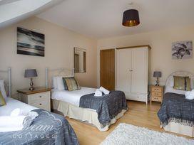 Baytree Lodge - Dorset - 993982 - thumbnail photo 35