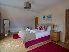 Baytree Lodge - Dorset - 993982 - thumbnail photo 40