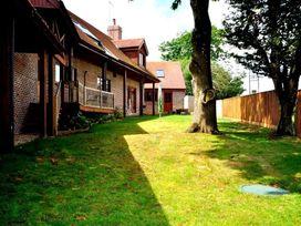 Baytree Lodge - Dorset - 993982 - thumbnail photo 48