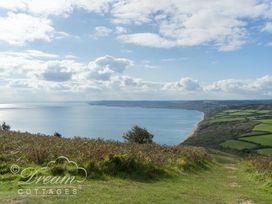 Lilliput - Dorset - 994340 - thumbnail photo 24