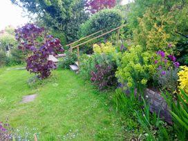 Lilliput - Dorset - 994340 - thumbnail photo 22