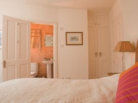 The Cottage, 13 Clarence Hill - Devon - 994526 - thumbnail photo 6