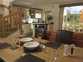6 Court Cottage, Hillfield Village - Devon - 995354 - thumbnail photo 2