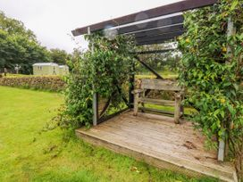Shepherds Hut - The Hurdle - South Wales - 997062 - thumbnail photo 18