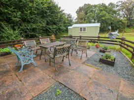 Shepherds Hut - The Hurdle - South Wales - 997062 - thumbnail photo 21