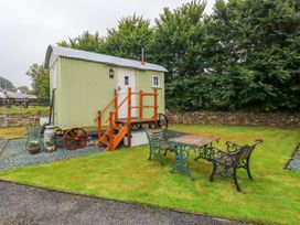 Shepherds Hut - The Hurdle - South Wales - 997062 - thumbnail photo 1